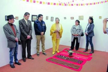 Sanz exhibe sus obras de Alasita en el Musef