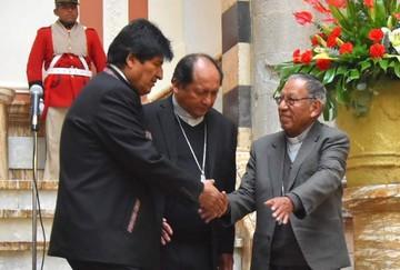 """21F: Cardenal desea que la Iglesia no incurra en """"partidismos"""""""