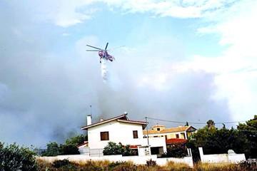 Grecia: Incendios dejan al menos dos muertos