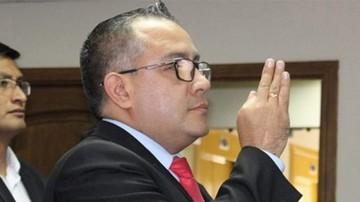 Cox deja cargo de Viceministro por razones familiares