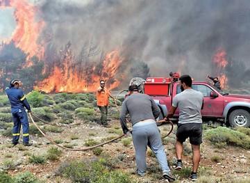 Grecia: Voraces incendios provocan una catástrofe
