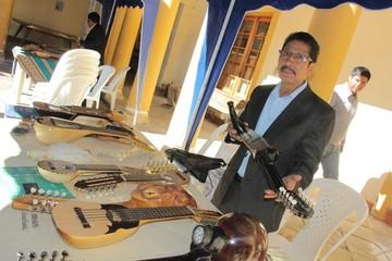 "Muestra de charangos abre III Festival ""William Ernesto Centellas"" que se inaugura hoy"