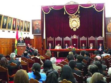 Día del juez: Revilla habla de nivelación  salarial y más jueces