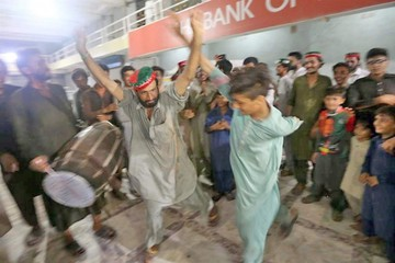 Partidos rechazan recuento de votos en Pakistán
