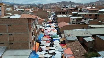 Informalidad: Según el FMI Bolivia tiene un 62,3% y según el Gobierno un 43,9%