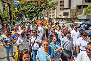 Venezuela: Sigue la crisis a un año de Constituyente