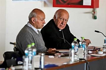Obispos chilenos inician reflexión sobre denuncias