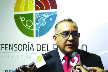 Ex viceministro vuelve a cargo en la Defensoría
