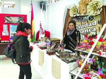 Productores invitan a la feria local del chocolate