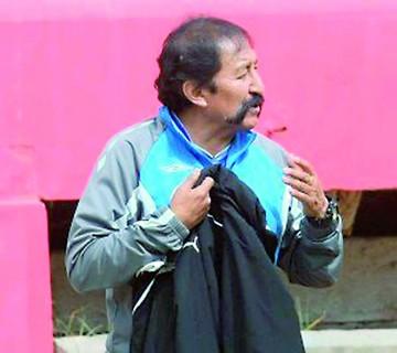 Apaza asume en Real Potosí