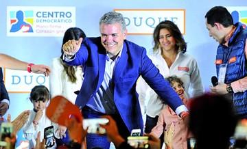 Iván Duque asume hoy la presidencia de Colombia