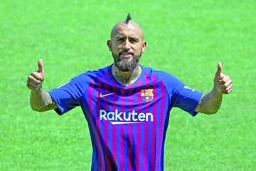 Vidal entrena en el Barça