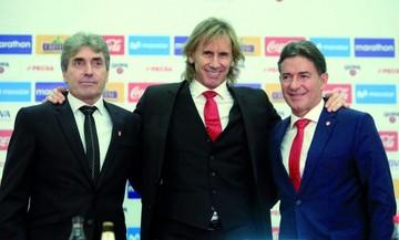 Perú alarga su idilio con el argentino Gareca
