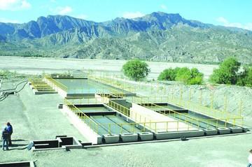 Alcaldes entregan a Evo proyectos de agua