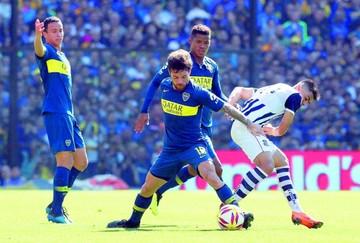 Boca inicia la defensa de su título con un triunfo