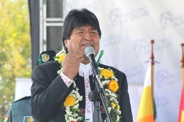"""Evo Morales cree que oposición gestará una """"convulsión"""" para sacarlo del poder"""