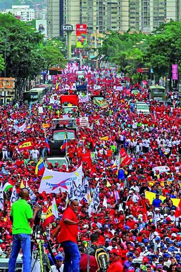 Maduro condiciona subsidio a gasolina