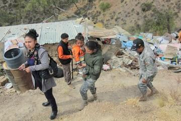 Confirman ayuda para dos familias que viven en precarias condiciones