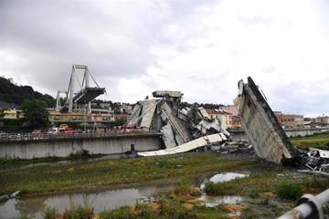 Sube provisionalmente a 26 el número de muertos por derrumbe de puente en Génova
