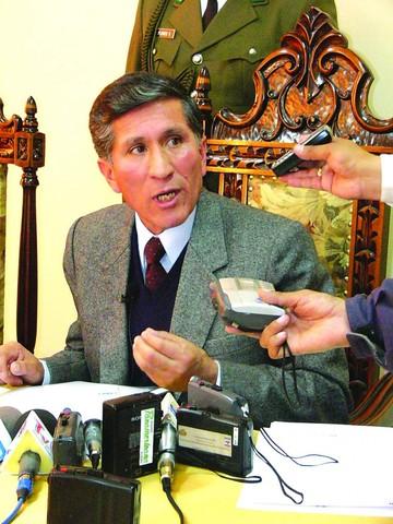 Ex Fiscal Gareca  revela que dimitió por intromisión