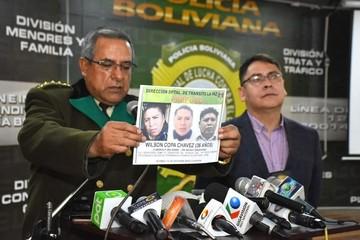 Policía identifica a chofer de micro y lo buscan en el país y Argentina