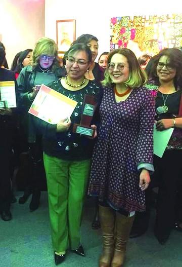 La Paz reconoce a Sanz por su aporte artístico