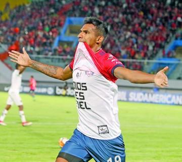 Álvarez se va al fútbol árabe