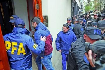Argentina: Allanan las propiedades de Cristina