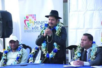 Gobernación dejaría la CNS para formar nuevo seguro