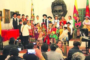 Coral Municipal le canta a la Patria y alista celebración