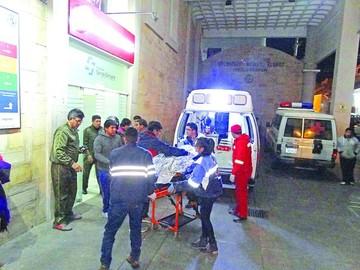 Cinco muertos en accidente de bus