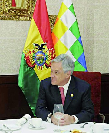 Diario chileno habla de reuniones secretas