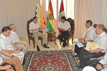 Presidentes de Bolivia y Perú inauguran IV gabinete binacional
