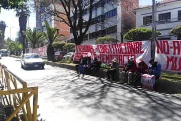 Pobladores de Quillacollo vuelven al TCP exigiendo un fallo al conflicto edil