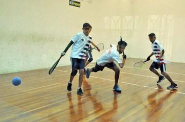 Selección de raquet fusiona experiencia y renovación