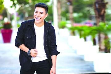 Javii Cariaga promociona su primer corte musical