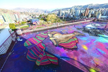 Una treintena de murales  gigantes embellecen La Paz