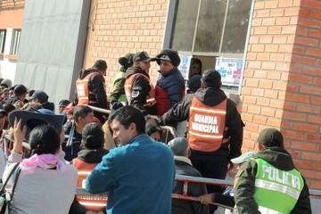 """Cinco personas fueron aprehendidas por revender puestos para """"Guadalupe"""""""