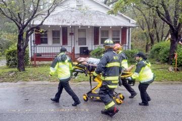 Florence causa estragos tras tocar tierra en EEUU