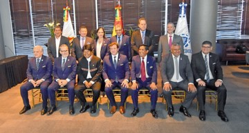 Bolivia no desmaya y clama por un mundial