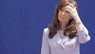 Cristina señalada como jefa de red de sobornos