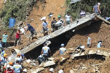 Tifón Mangkhut deja luto durante  su paso por Filipinas y China