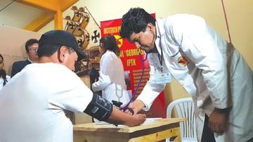 Internos de San Roque reciben atención médica gratuita