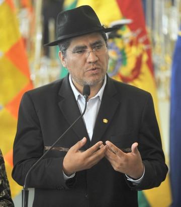 Denuncian que Chile busca meterse en asuntos internos