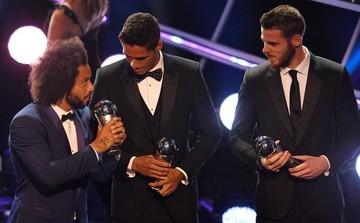 Cristiano Ronaldo, Messi y Mbappé, en el equipo ideal
