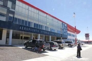 Alcantarí: Suspendieron temporalmente vuelos en aviones grandes