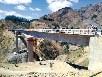 Puente Fisculco tiene un avance del 99 por ciento