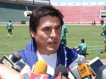 Adrián Romero  apunta a ganar partidos de local