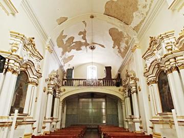 Nadie toma la iniciativa para restaurar la capilla