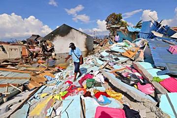 Indonesia: Colapsa el rescate y aumentan las víctimas